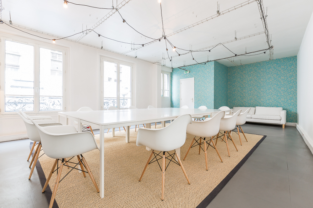salle de s minaire paris les avantages du coworking be spaces. Black Bedroom Furniture Sets. Home Design Ideas